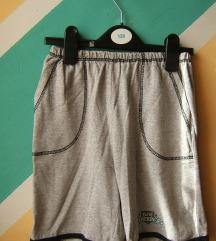 Sivi pamučni lagani šorts vel 10