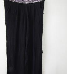 Crne letnje pantalone NOVO