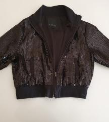 Nova crna jaknica sa sljokicama New Yorker