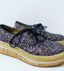 Cinti kozne cipele