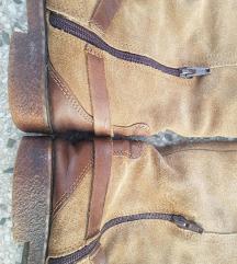 Italijanske kožne čizme 38