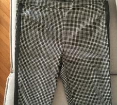 Pantalone crno bele kockice (S-M)