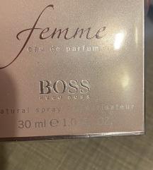 Boss ženski parfem nov orginal