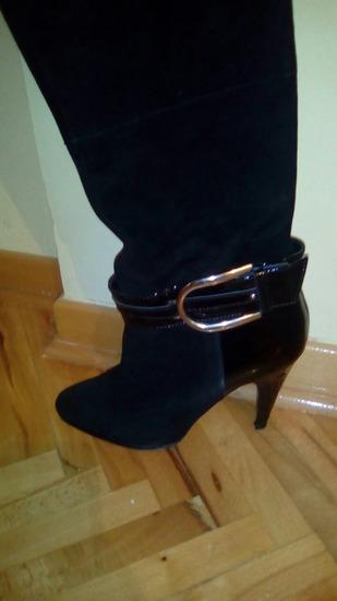 BATA cizme 38