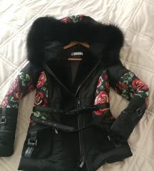 Perjana jakna sa krznom lisice