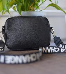 H&M torbica, KAO NOVA