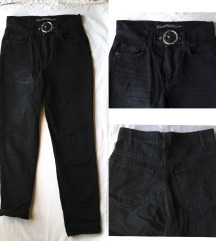 Crne mom jeans farmerke