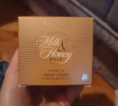 Milk and honey gold