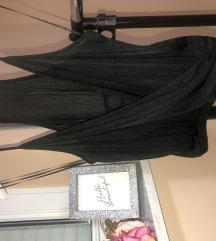Elegantna crna majica