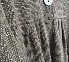 1.2.3. zlatni džemper od viskoze
