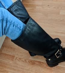 Crne cizme do kolena