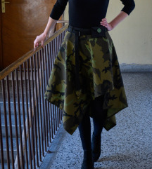 Unikatna maskirna suknja sa kaišem i novčaničićem
