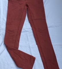 Crvene farmerice
