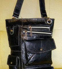 Fantastična Mona crna torba