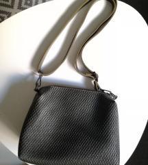Tiffany kozna torbica nova