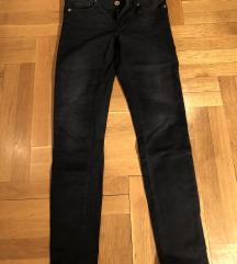 Crne Massimo Dutti pantalone