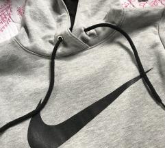 Nike duks
