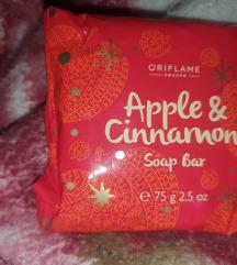 Sapun za kupanje i tuširanje oriflame cimet jabuka