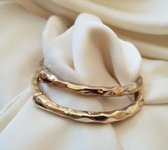 Set zlatnih narukvica