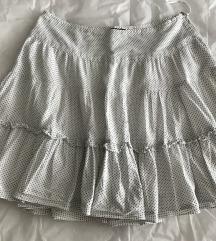 Bela  suknjana tackice