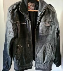 Muška crna kožna jakna