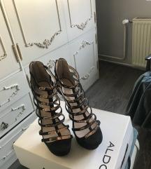 Crno zlatne cipele SNIZENJE  1500