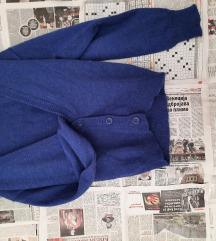 Kraljevsko plavi džemper