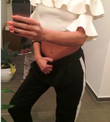 Pantalone, majca