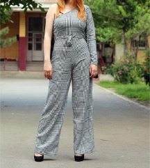 Crno Beli Jumpsuit Kombinezon NOV