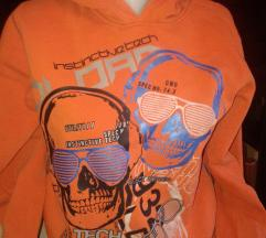 Narandzasti duks sa kapuljacom