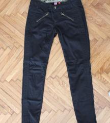 Esprit crne pantalone