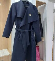 Zenski tanji kaput
