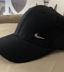 Kačket Nike