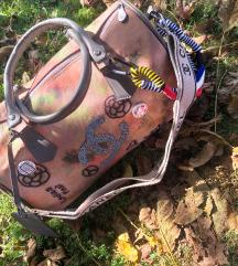 Chanel torba novo 35€ snižena na 3500 din.