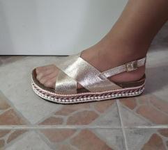 Zatne udobne sandale na platformu kao Grubin NOVE