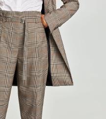 ŠOK CENA!!!! 1000din ZARA paperbag pantalone