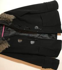 Crni kaputić