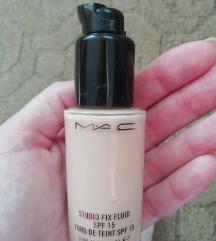 MAC Studio fix fluid tecni puder
