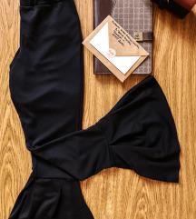 Crne Biznis pantalone sirokih nogavica