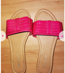 Papuce, cena za oba para