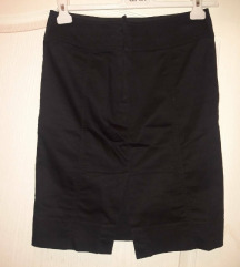 H&M crna suknja (high waist)