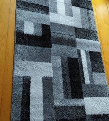 Tepih staza 150x80,odlična