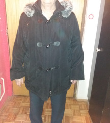 Zimska moderna ocuvana crna jakna br. 46