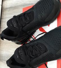 Patike Nike br.41 air max 270