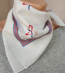 NOVA prijatna marama iz Francuske