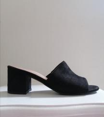 SNIZENO//Crne papuce na stiklu/mules