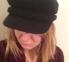 Crna moskovka kapa