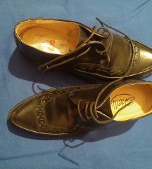 Kozne nove cipele 38 Shellys