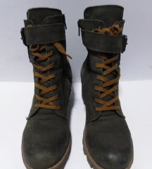 ITALY duboke cipele 100%koža br 39