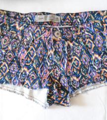 Potpuno nov kvalitetan aztec print šorts